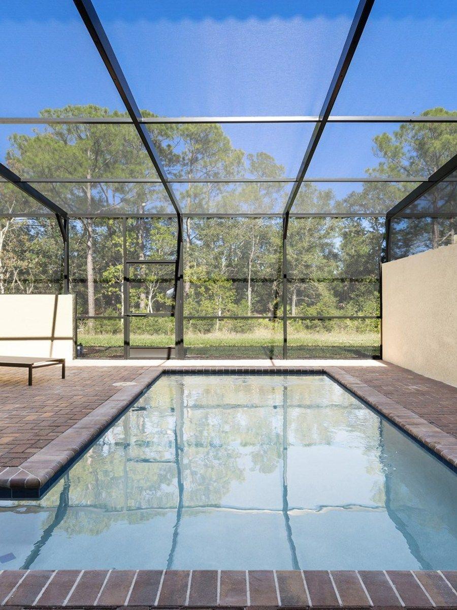 Portrait original pool
