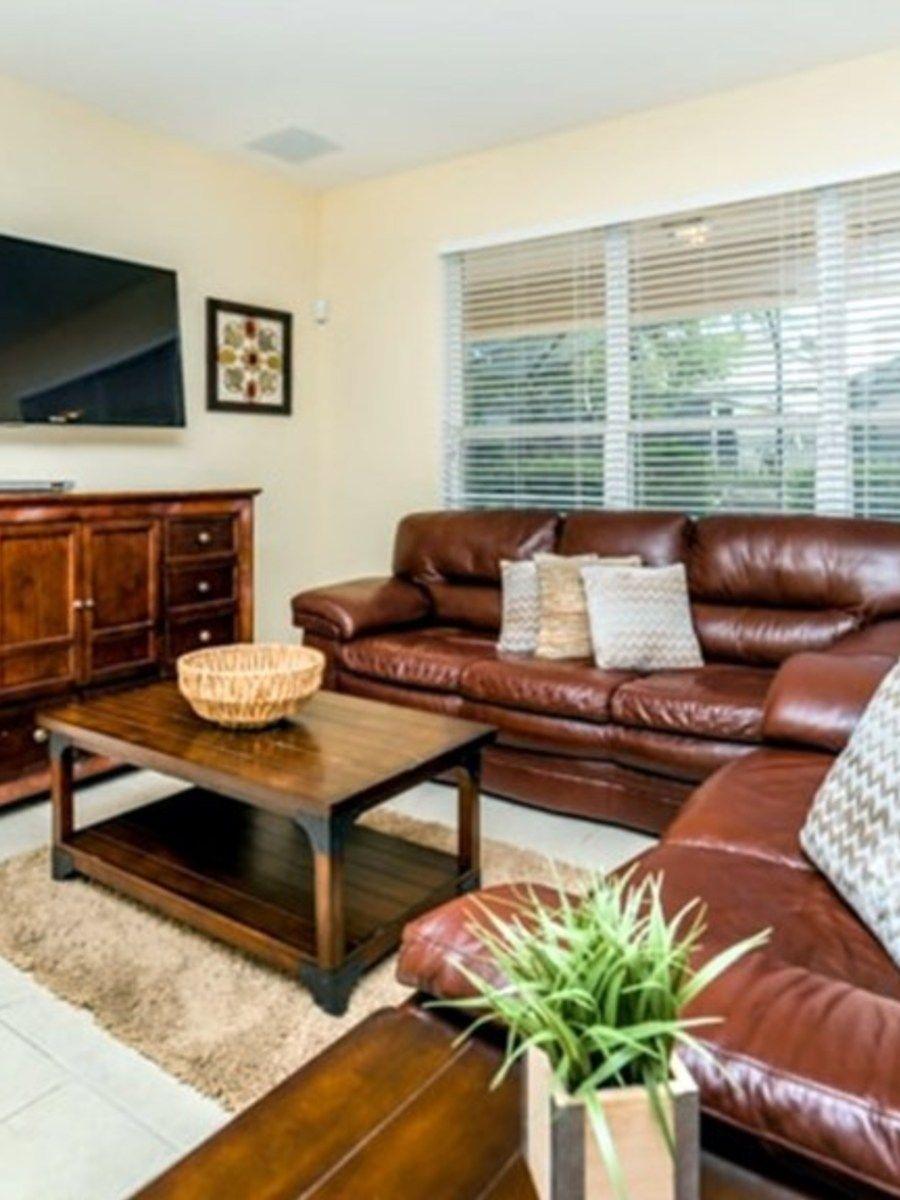 Portrait original livingroom