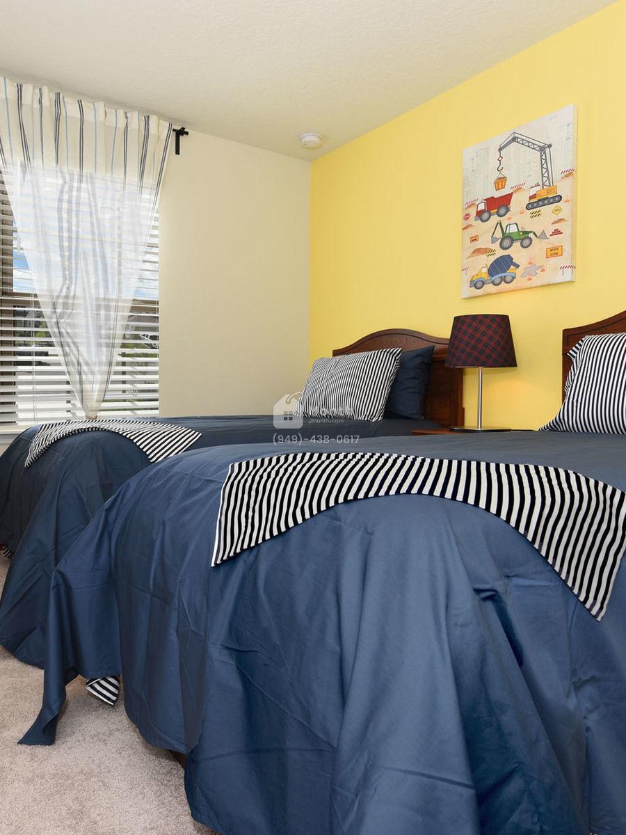 Portrait original bedroom 3 2000